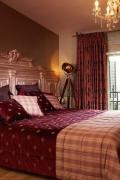 Klasszikus hálószoba textilekkel