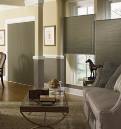 Mobil megoldás nappaliban, bukó-nyíló ajtók és ablakok tökéletes megoldása