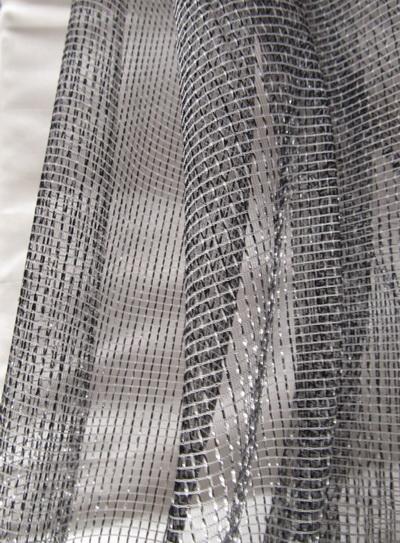 65 Fényáteresztő-függöny
