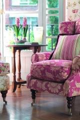 Romantikus függöny virágos, pink kárpittal